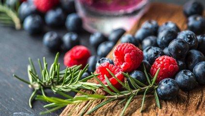 Уляна Супрун розповіла несподівану правду про популярні ягоди - фото 1