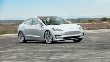 Tesla Model 3 виявилась надзвичайно безпечною - фото 1