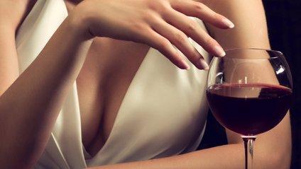 Якщо ви розлили червоне вино, не панікуйте - фото 1