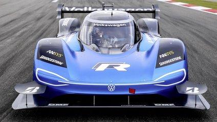 Volkswagen ID.R подолав пагорб в Гудвуді за 39,90 секунди - фото 1