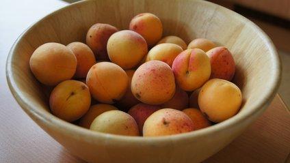 Чому потрібно їсти абрикоси - фото 1