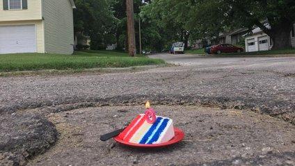 """Американець відсвяткував """"день народження"""" ями - фото 1"""