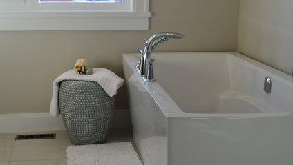 Чому корисно приймати ванну наніч - фото 1