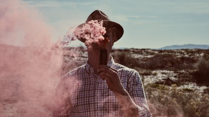 Виробник електронних сигарет вибачився перед батьками - фото 1