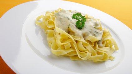 Як приготувати ідеальний соус до макаронів - фото 1