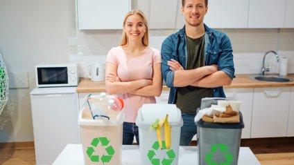 Чоловіки неохоче сортують сміття, щоб не здатися жіночними - фото 1