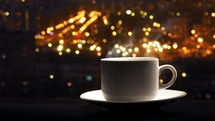 Кава перед сном: за і проти - фото 1
