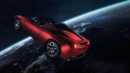 Tesla Roadster уже майже два роки літає в космосі - фото 1