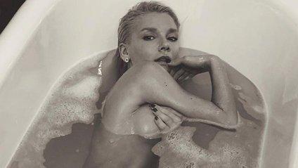 Сексуальна Міша Романова - фото 1