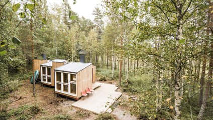 Студенти збудували дім у лісі - фото 1
