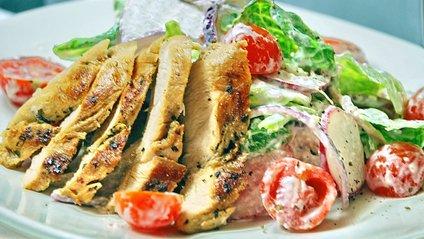 Рецепт смачного салату з курки - фото 1