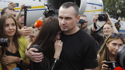 Олег Сенцов з донькою - фото 1