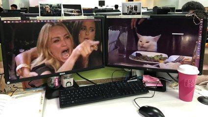 Один з головних мемів року користувачі мережі перенесли в реальне життя: кумедні фото - фото 1