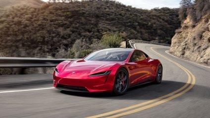 Заміна акумулятора знадобиться власникам Tesla не скоро - фото 1