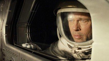 Бред Пітт не лише у кіно про космос знімається - фото 1
