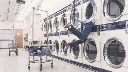 Екологи закликають відмовитися від делікатного режиму прання - фото 1
