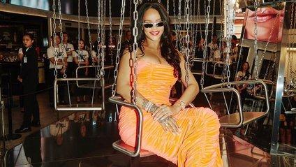 Rihanna - фото 1