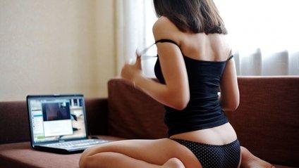 Українська веб-модель відверто розповіла про дивні фетиші клієнтів (18+) - фото 1