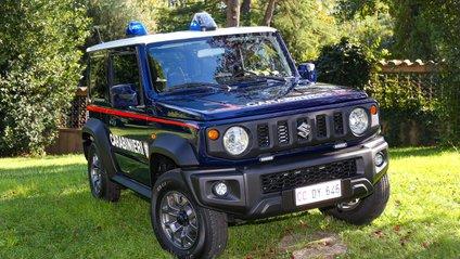 Італійські поліцейські їздитимуть на Jimny - фото 1