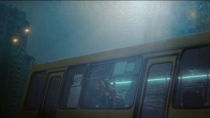 Київ занурився під воду: у мережі показали нову видовищну рекламу PlayStation 4 - фото 1