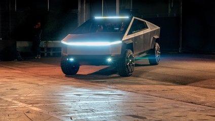 Tesla Cybertruck - фото 1