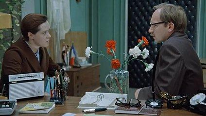 Кадр з фільму Службовий роман - фото 1
