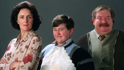 Дадлі Дурслі з батьками - фото 1