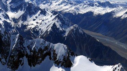 Льодовики почервоніли у Новій Зеландії - фото 1