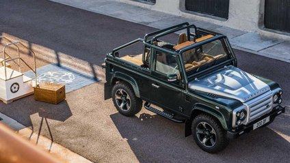 Land Rover Defender чимось нагадує яхту - фото 1