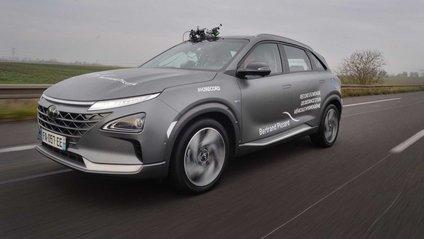 Водневий кросовер Hyundai - фото 1