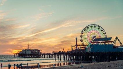 На пляжах Каліфорнії можна побачити незвичне явище - фото 1