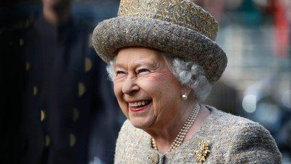 Єлизавета ІІ порушила правила за кермом - фото 1