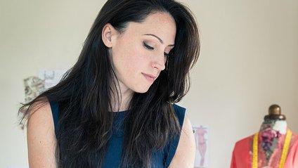 Пишногруда британка запустила свій бренд спідньої білизни - фото 1