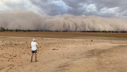 Австралію накрили пилові бурі: вражаюче відео - фото 1