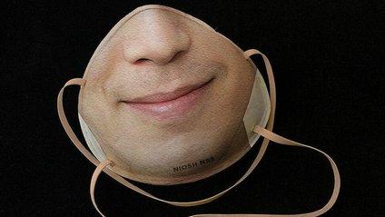 Дизайнерка створила концепт медичних масок з видрукованими обличчями: фотофакт - фото 1
