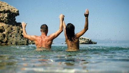 А ви відвідували нудистські пляжі? - фото 1