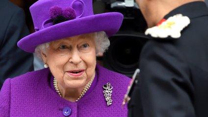 Єлизавета ІІ порадила дітям носити брекети - фото 1