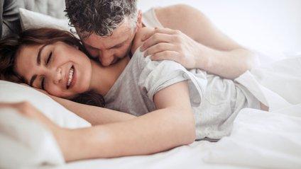 Ранковий секс збадьорить вас на весь день - фото 1