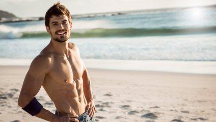 Науковці пояснили, чому чоловіки хизуються оголеним торсом - фото 1