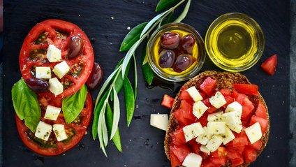 Який продукт середземноморської дієти варто їсти регулярно - фото 1