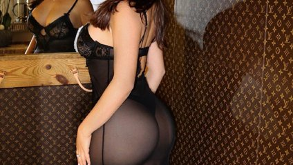 Демі Роуз показала сексуальну фігуру в бікіні - фото 1