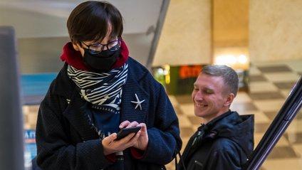 Науковці створили унікальний шарф, здатний замінити медичні маски - фото 1