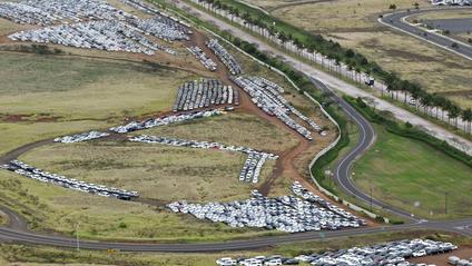 Загалом на парковці стоять 18 тисяч автомобілів - фото 1