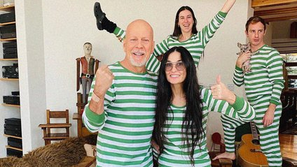 Брюс Віліс з родиною - фото 1
