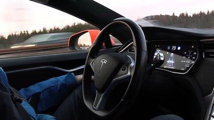 За останні 2 роки автомобілі Tesla стали значно безпечнішими - фото 1