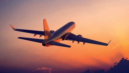 Коронавірус негативно вплинув на індустрію авіаперевезень - фото 1