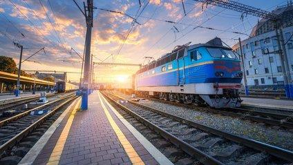 Укрзалізниця почала продаж квитків ще на шість поїздів далекого прямування - фото 1