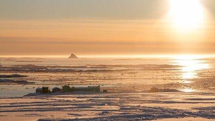 Українським науковцям вдалося сфотографувати кришталеву піраміду Антарктиди - фото 1