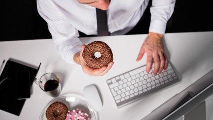 Деякі продукти можуть негативно вплинути на вашу роботу - фото 1