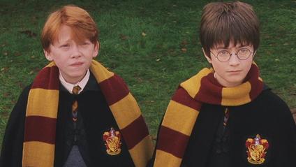 Навіть манера зав'язувати шарф розкриває характер героїв Гаррі Поттера - фото 1